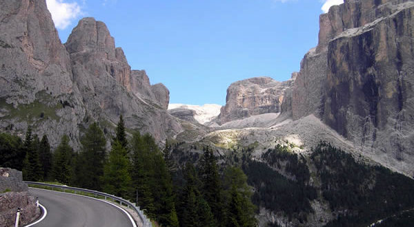loisirs road trip route dolomites italie