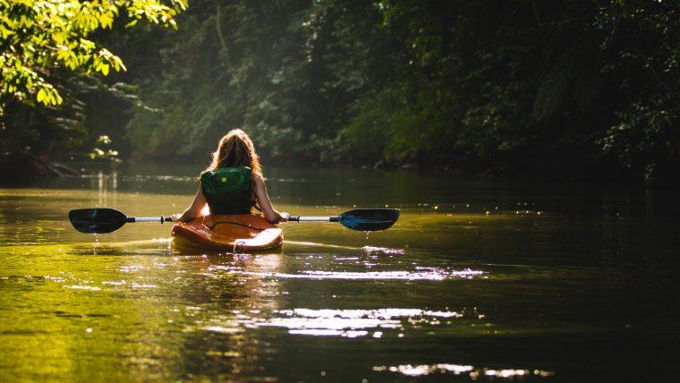 pratiquer du canoë dans les Gorges du Verdon